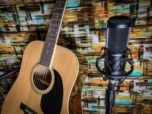 top 4 microphones for recording acoustic guitar under 100 perform wireless. Black Bedroom Furniture Sets. Home Design Ideas